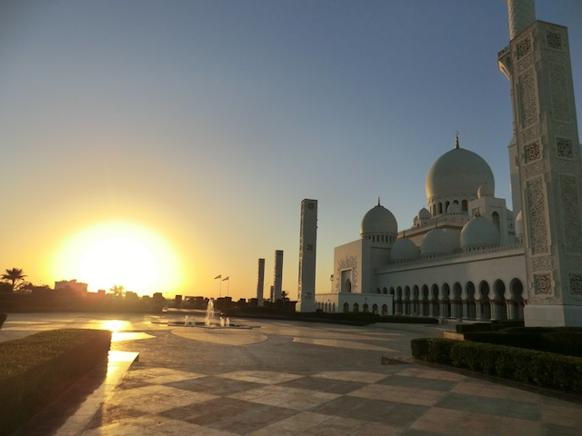 モスクに沈む夕日