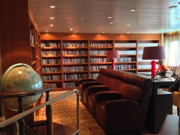 飛鳥 図書室